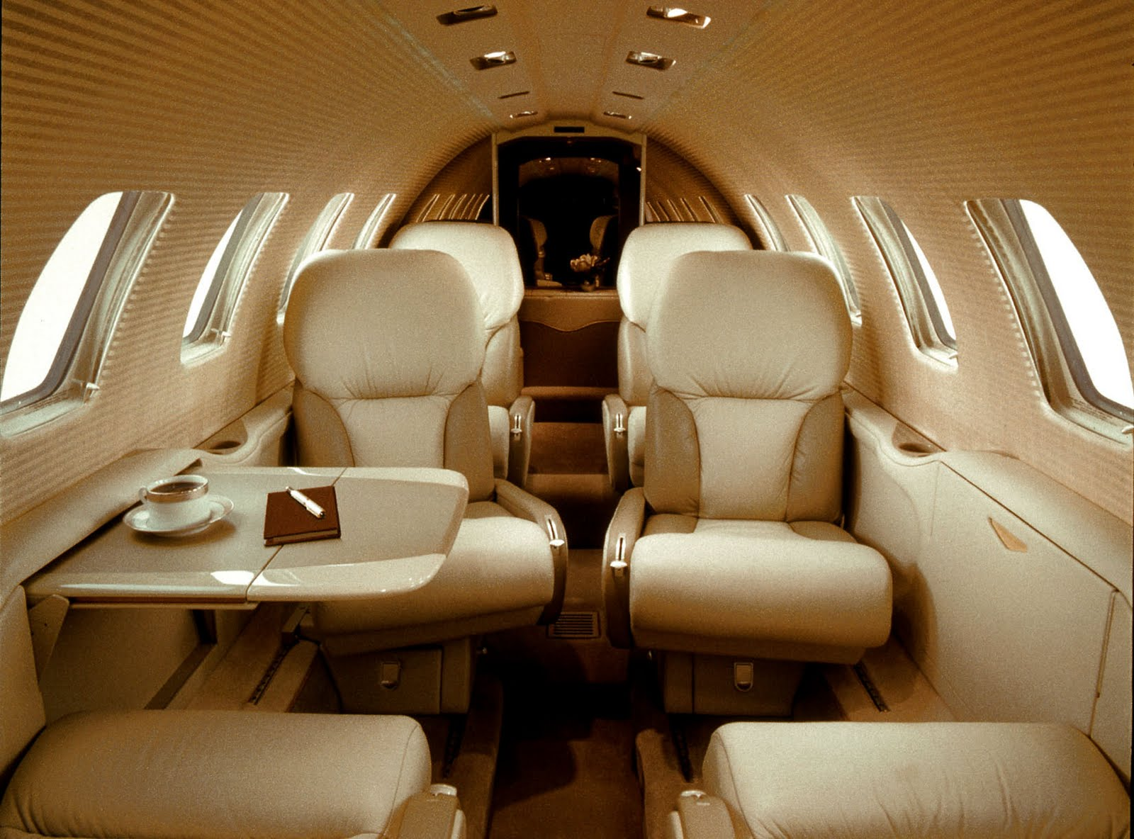 private jet services private jet charters or buying private jet. Black Bedroom Furniture Sets. Home Design Ideas