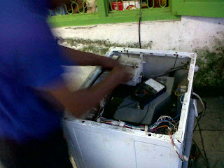 Service mesin cuci LG bocor Dharma husada