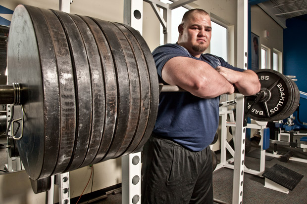 FITBOMB: The World's Strongest Man