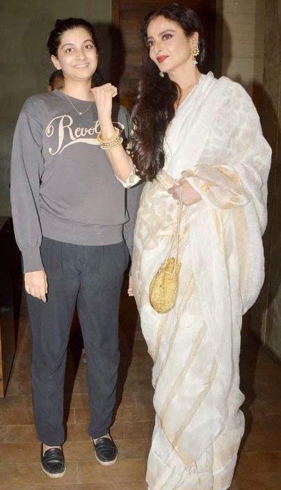 Rekha & Sridevi grace the special screening of 'Khoobsurat'