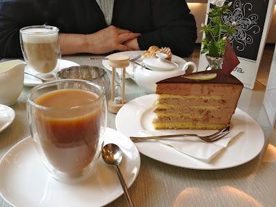 Kaffee und Kuchen at Princess Cheesecake