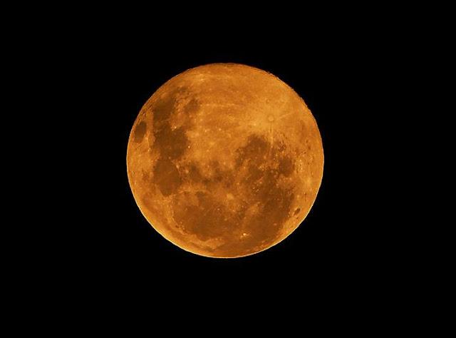 Ternyata Setiap Bulan Purnama Memiliki Julukannya Masing-masing, lho!