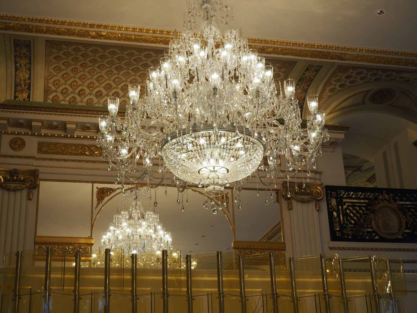 Peninsula Hotel, Paris, Afternoon Tea in the lobby, chandelier