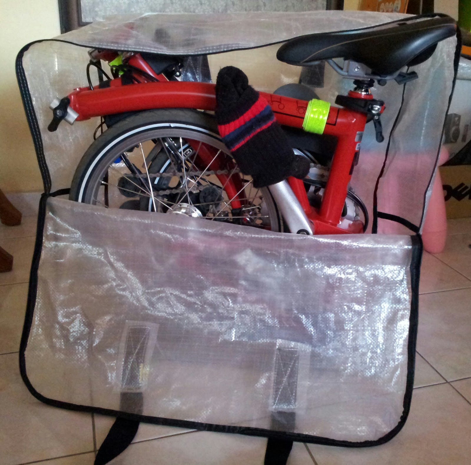 The Opening Of The Bag Is Huge To Allow Easy Packing Of The Bicycle.