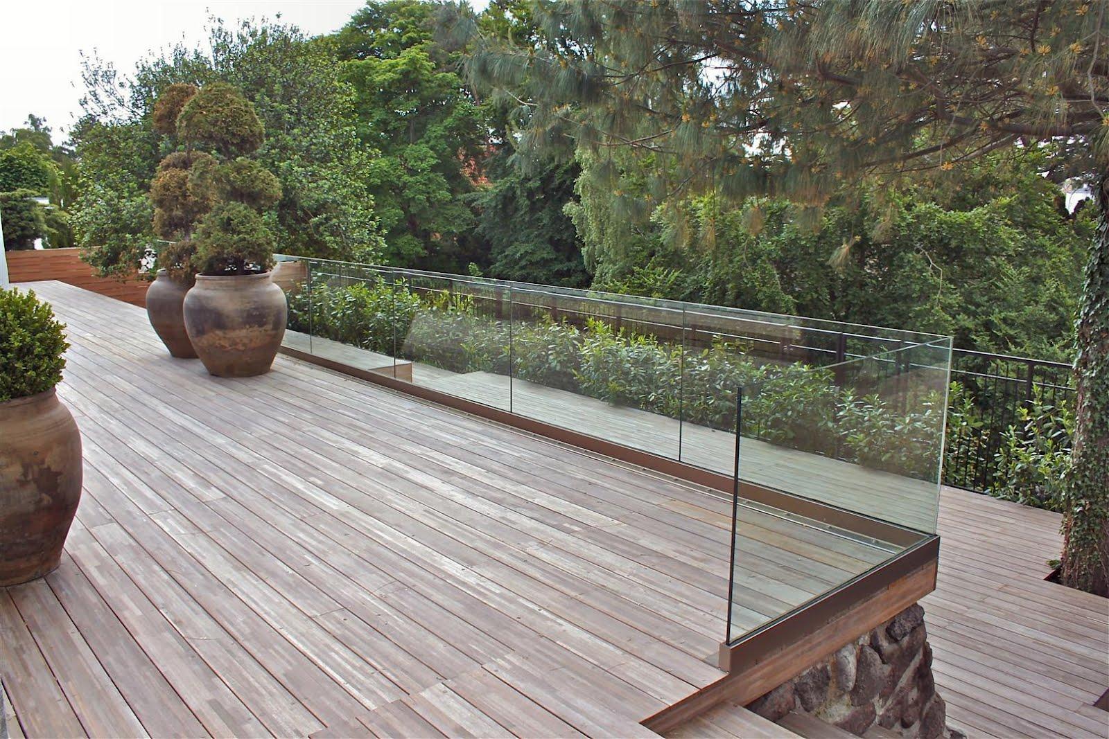 glasafskærmning til terrasse