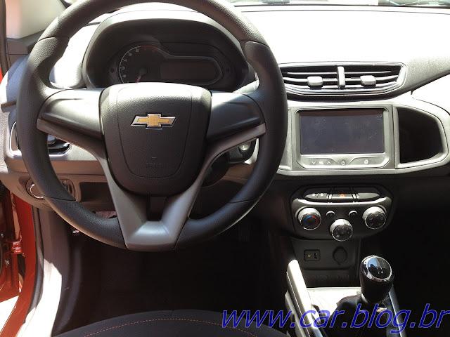 Chevrolet Onix LT 1.0 - painel