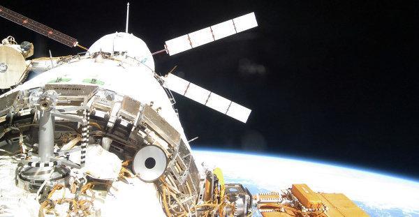 'Albert Einstein' Pulls Up ISS. Credit: NASA