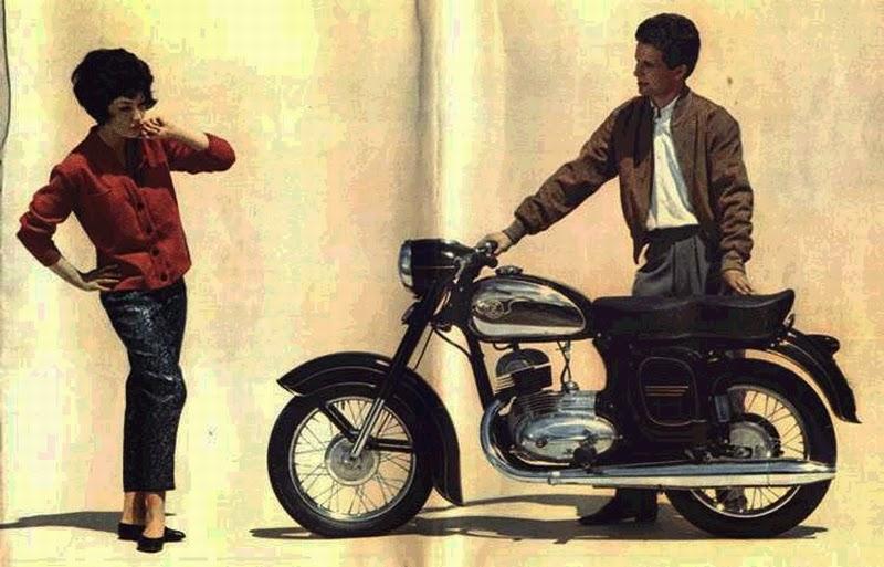 Zdjęcie z reklamy Jawa