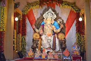 Image Chauta Bazar ka Raja Surat  2012