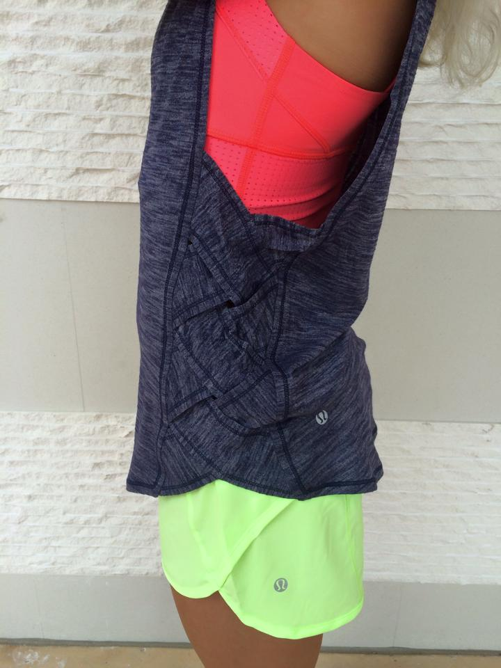 lululemon-var-city-muscle-tank black