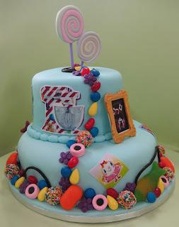 Candy Crush Cake Design