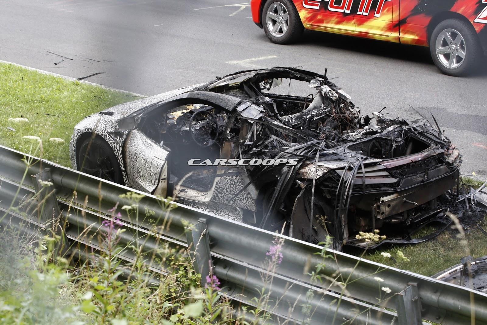2016-Acura-Honda-NSX-Fire-2Carscoops.jpg