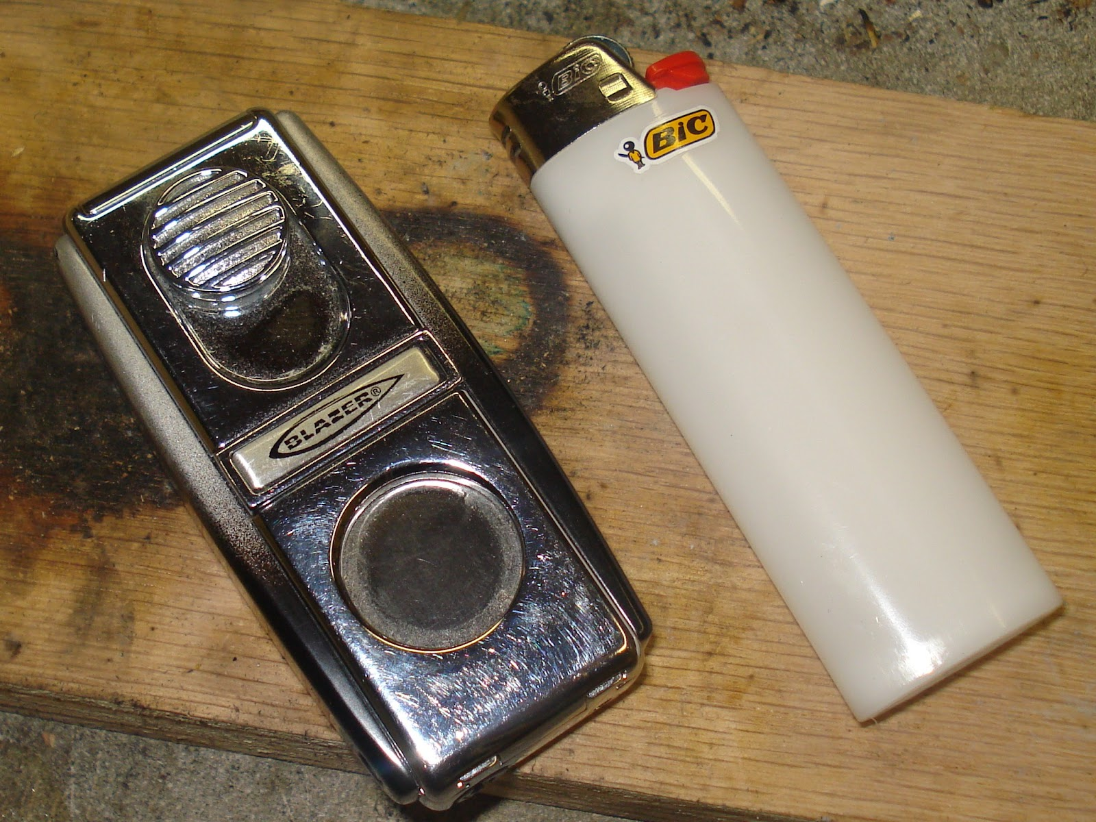 Pros and cons of gasoline lighters. How to fill the lighter with gasoline 7