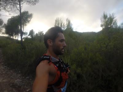 consejos seguridad para correr de noche por montaña