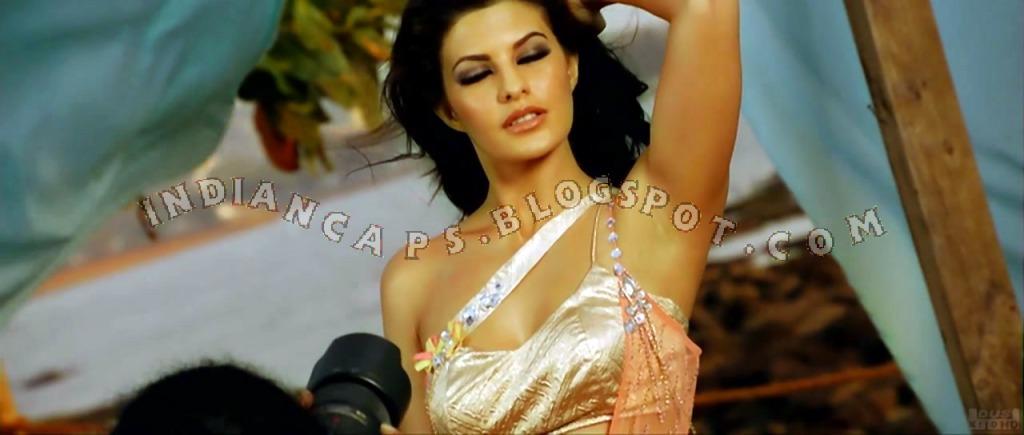 , Jacquiline Fernandez Murder 2 Screen Caps - Hot Pics - Phir Mohabbat