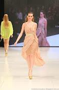 DELAOSTIA 2013: LOOKS PRIMAVERA VERANO 2013 delaostia moda vestidos
