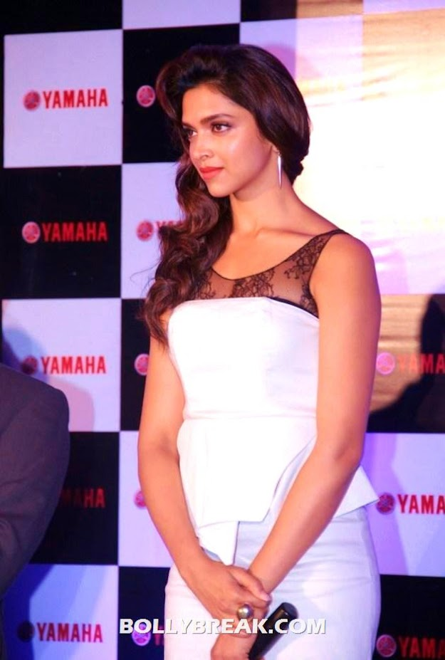 Deepika Padukone new WALLPAPERS
