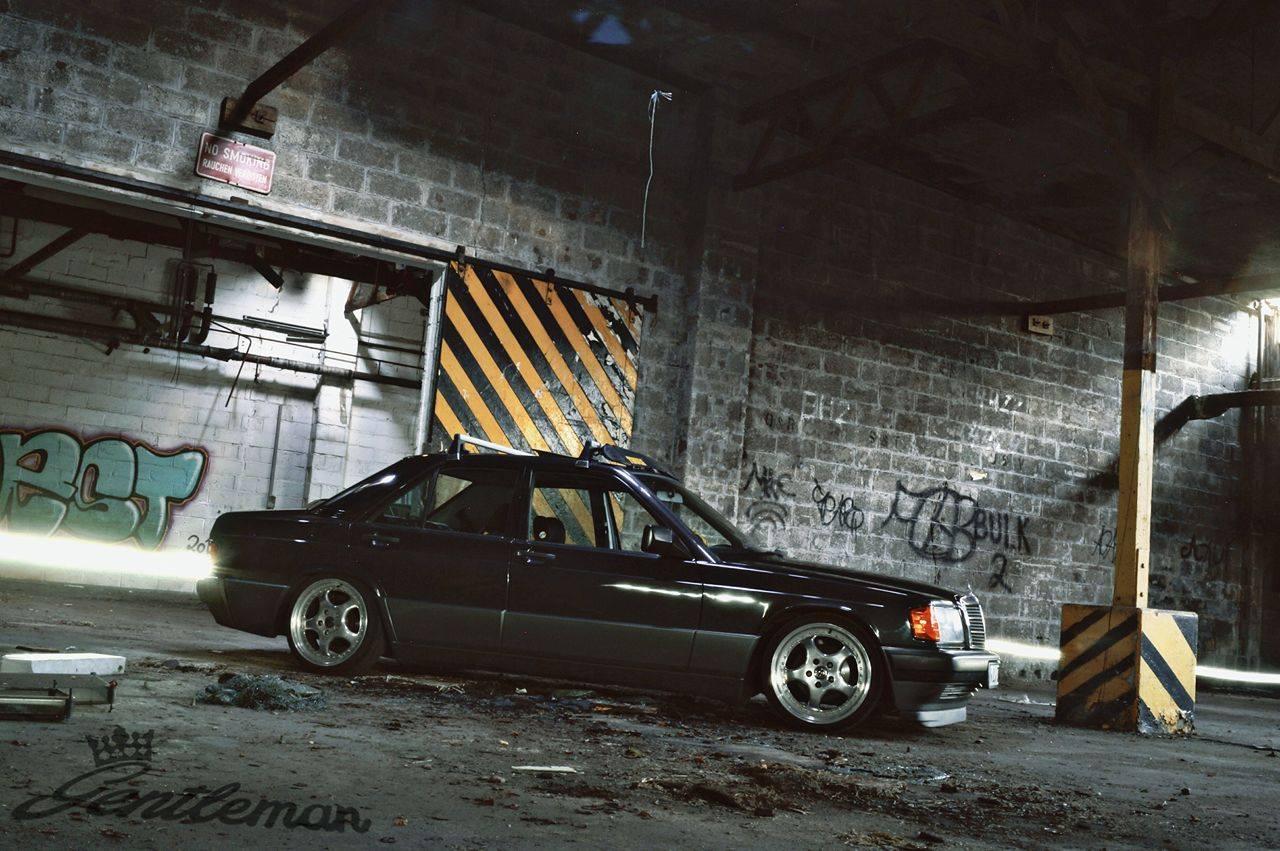 Mercedes Benz W201 190e Bagged Benztuning