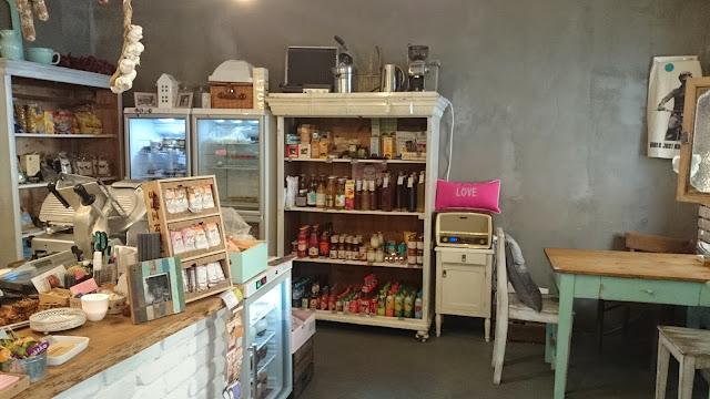 Marináda Picnic Store interiér a sortiment