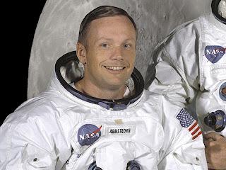 Riwayat Hidup Neil Armstrong