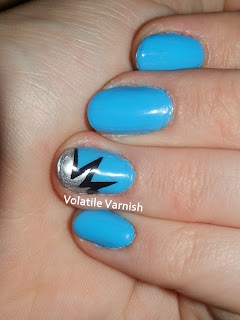 tape-mani-barry-m-cyan-blue-explosion-msmd