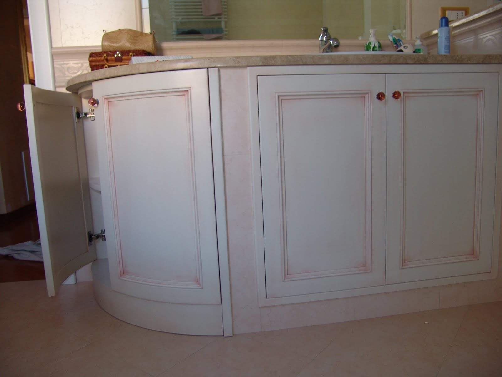 Artelegno mobili e accessori bagno in vari stili for Stili mobili