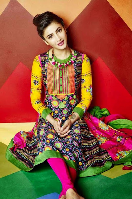 Cute Shruti Hassan Clicks For Shoppers Stop Photos