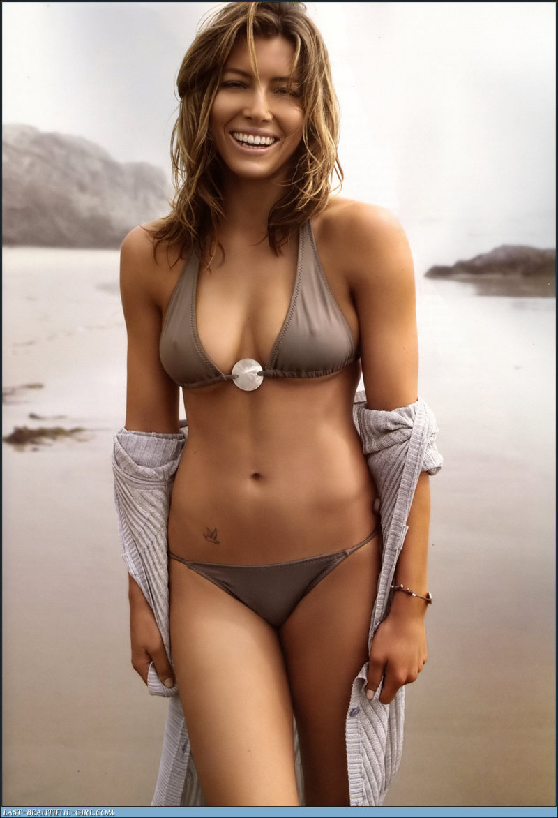 Jessica Biel Beach Stlls Hot Bikini Stills