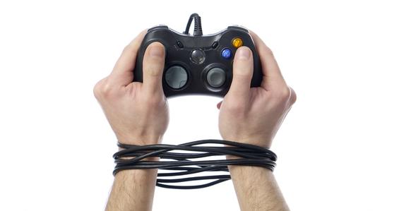 Imposto encarecerá ainda mais os games, mesmo em mídia digital.