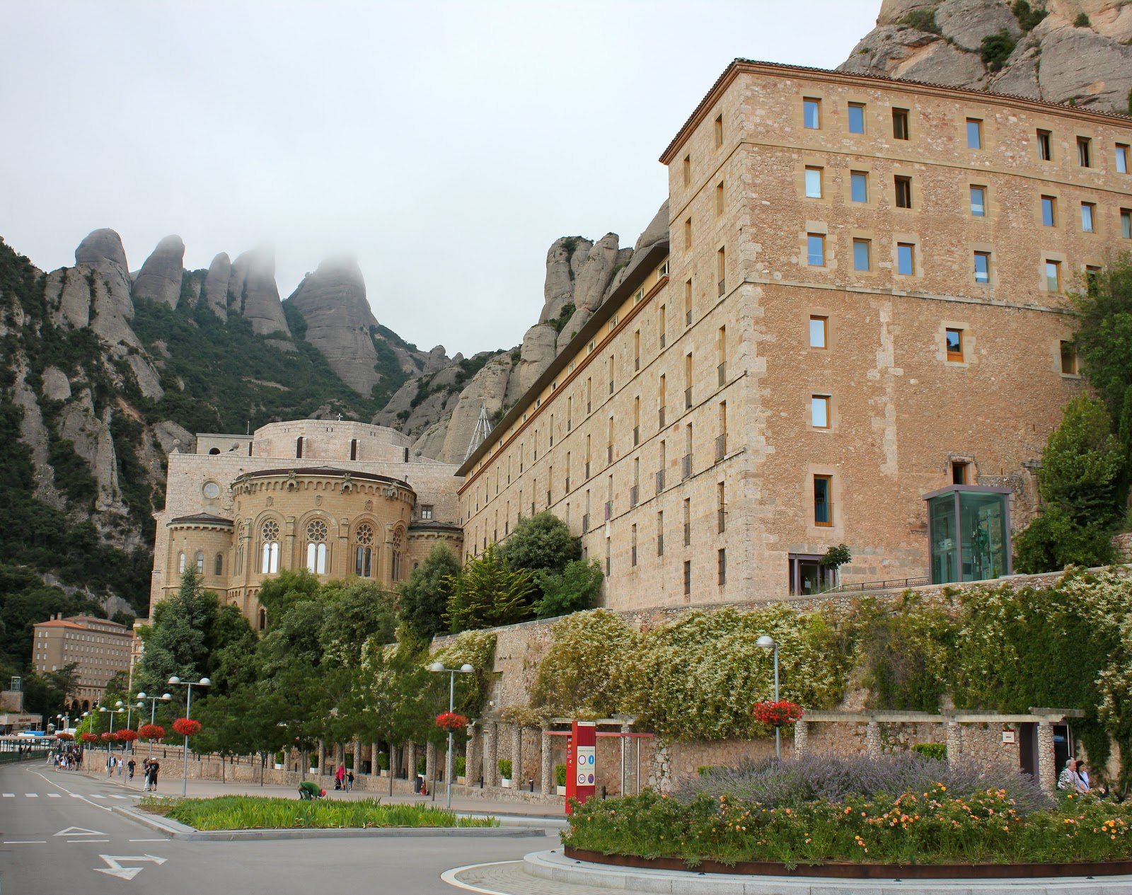 montserrat how to get there