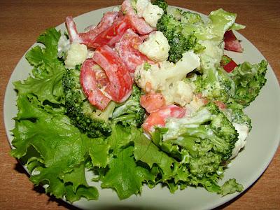 Brokuł i kalafior z pomidorem
