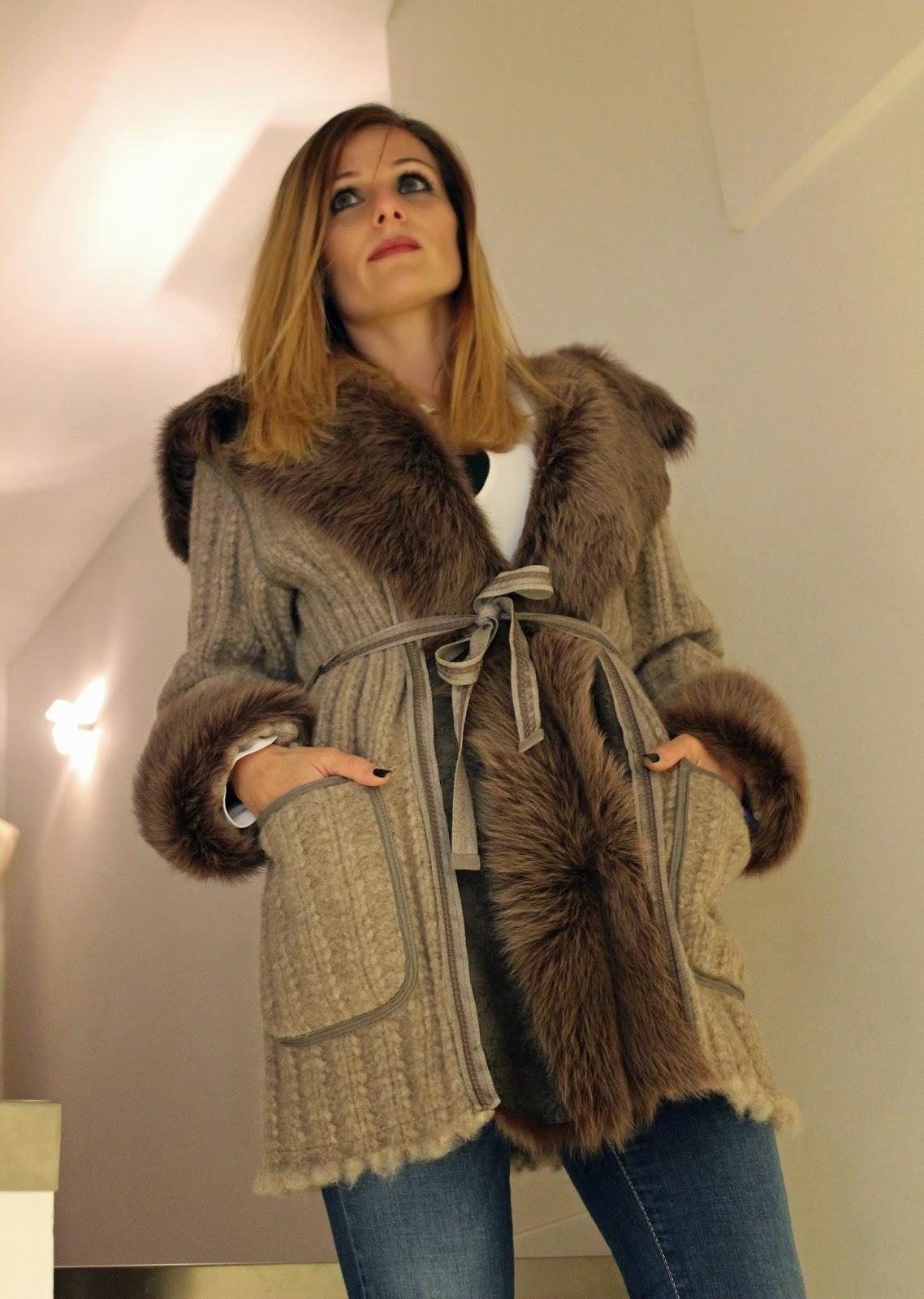 Eniwhere Fashion - Naoni Pellicce - Montone con cappuccio