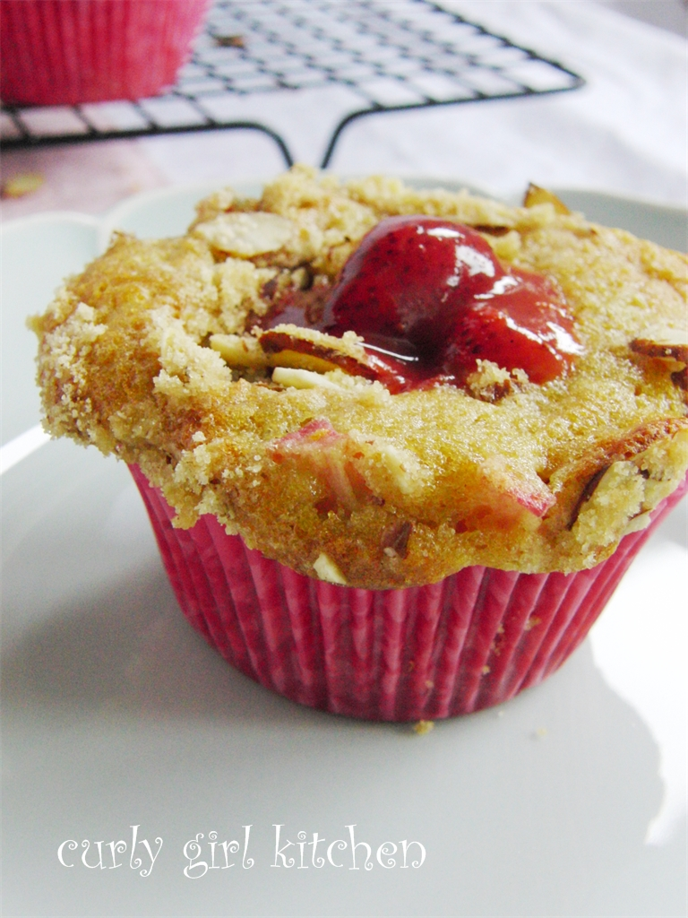 Curly Girl Kitchen: Rhubarb Almond Streusel Muffins, and the little ...