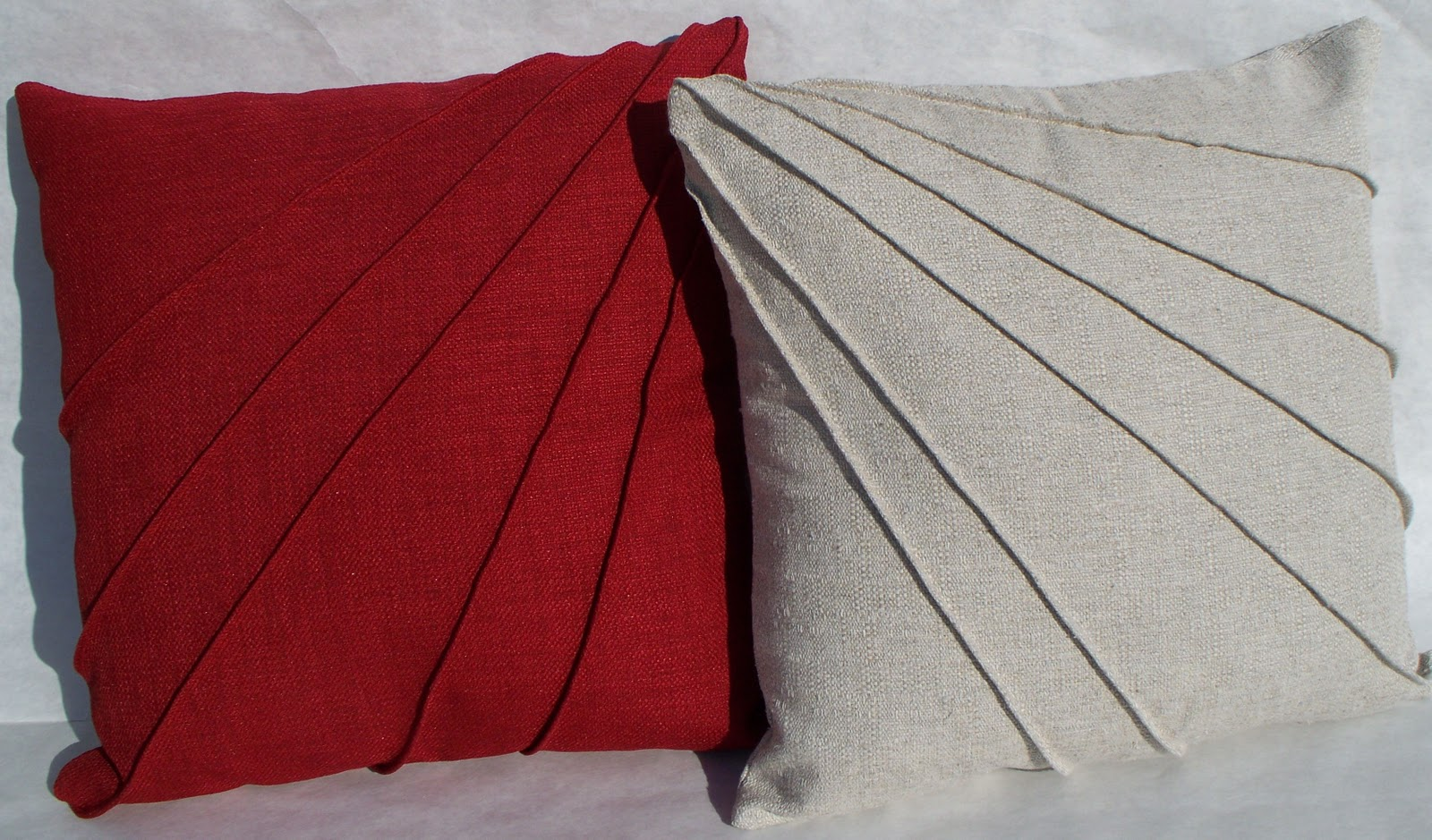 Krista Sew Inspired Star Burst Pintuck Pillow Cover
