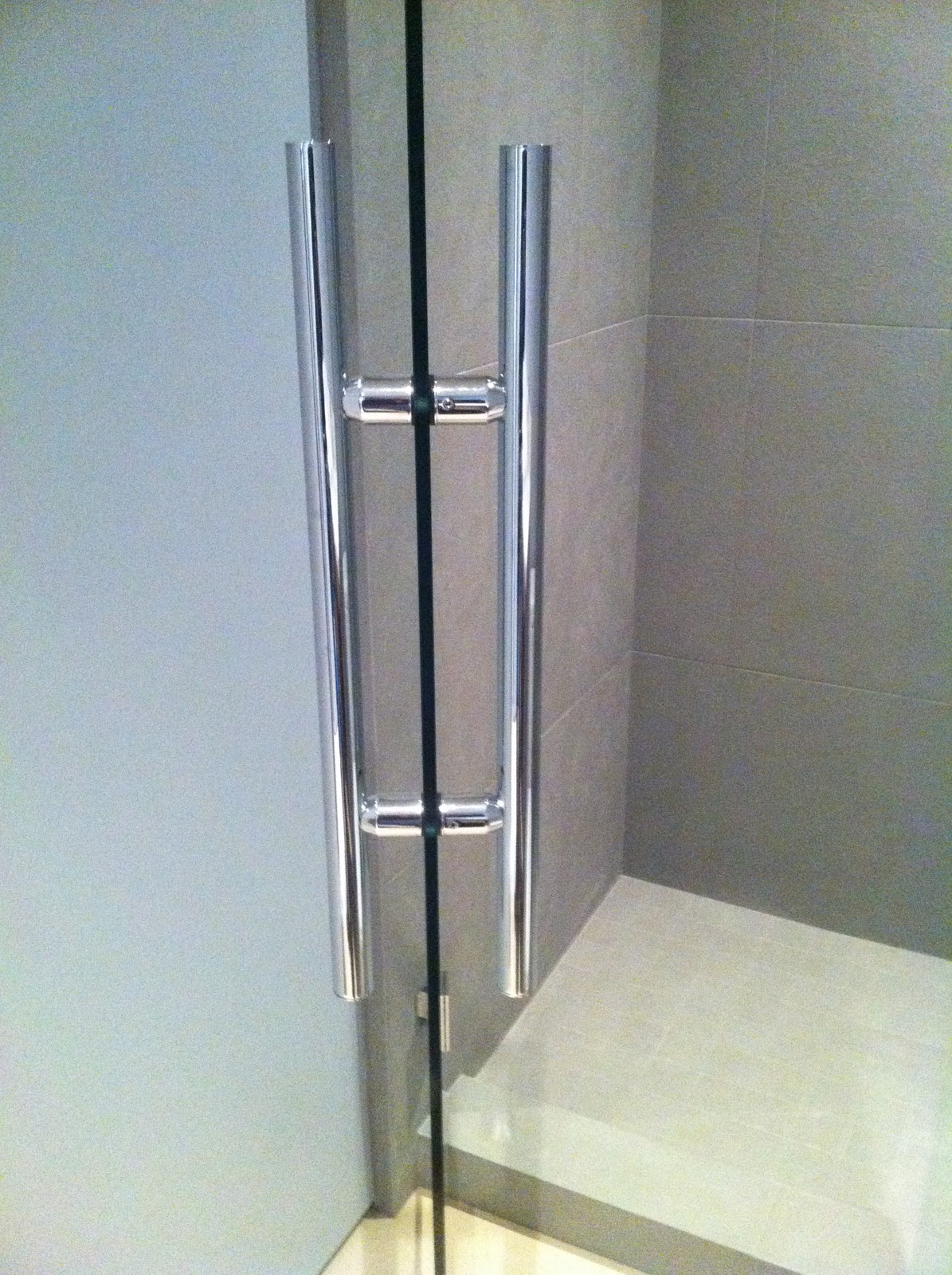 Impact with shower door handles ot glass we work with a number of hardware manufacutrers that offer both standard and custom shower door handles these include fsb rocky mountain hardware planetlyrics Images