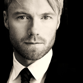 Ronan Keating – Wasted Light Lyrics | Letras | Lirik | Tekst | Text | Testo | Paroles - Source: musicjuzz.blogspot.com