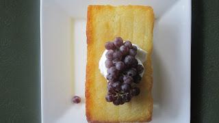 Lemon pound cake with grapes