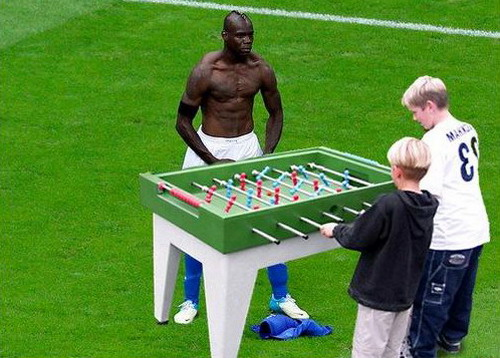 Photoshopped Mario Balotelli's goal celebration 8