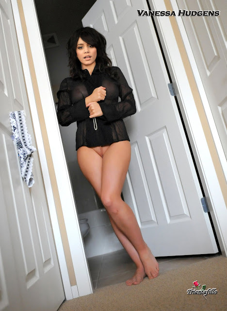 Vanessa Hudgens Nude