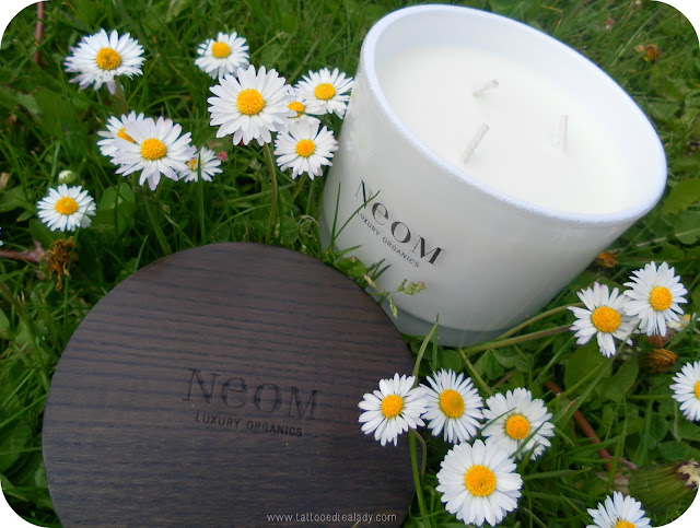 A picture of NEOM Enchantment candle