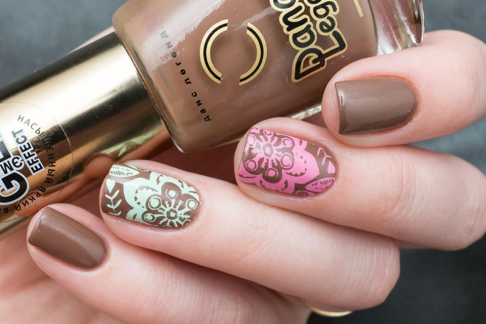 Маникюр шоколадно розовый