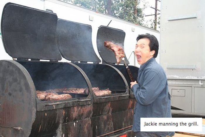 Crack two funny pictures of jackie chan 31 pics