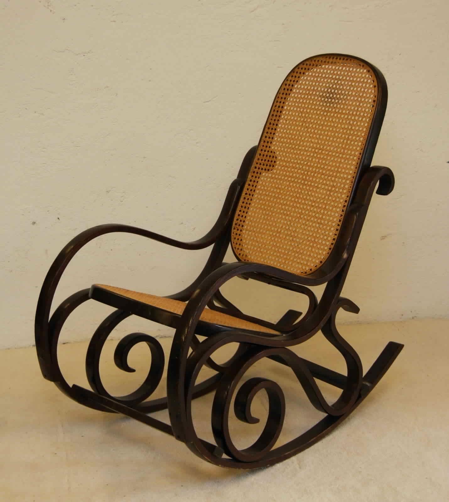 7 conseils pour choisir fauteuil bascule fauteuil relax - Fauteuil a bascule design ...