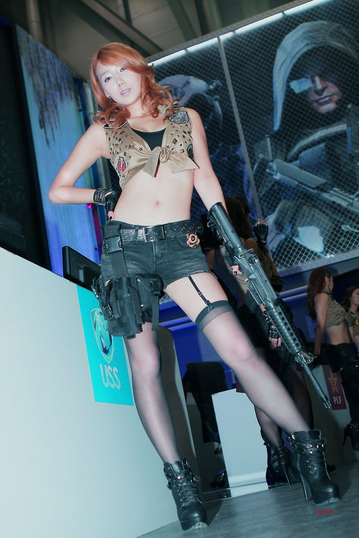 lee sung hwa sexy cosplay