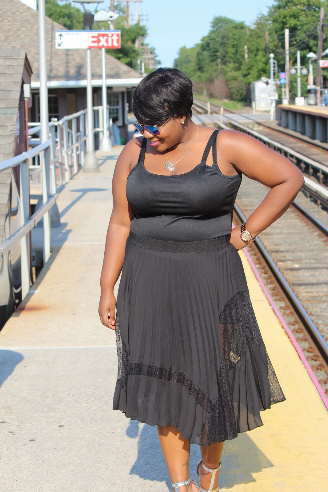 sandee joseph, fanshion blogger, plus size body shape