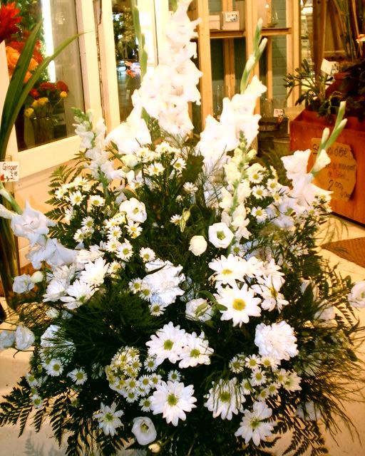 Montreal funeral flowers florist fleuriste st