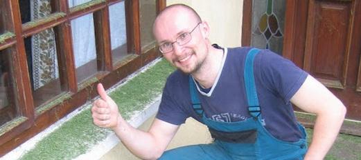 Zedník Jara Nešpůrek, Projektant, Terénní sociální pracovník, Hodinový manžel, Grafik a Školitel