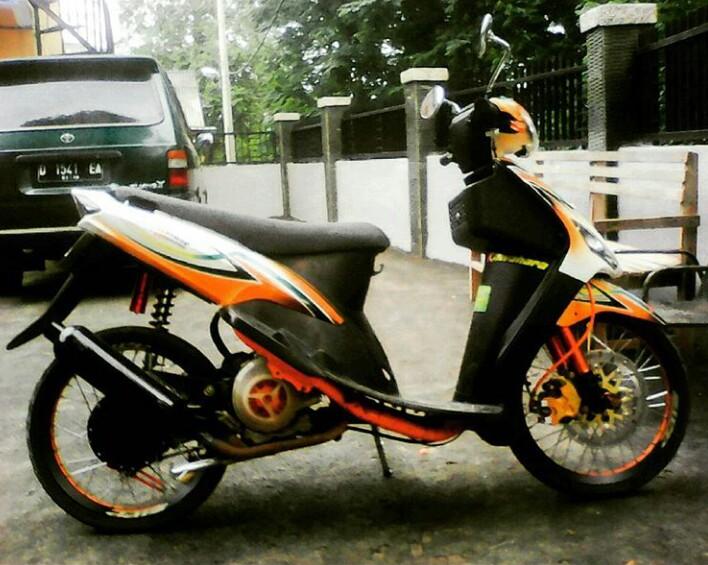 contoh modifikasi motor mio sporty terbaru
