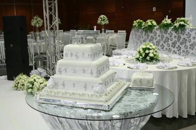 Casamento da Lizha James Bolo