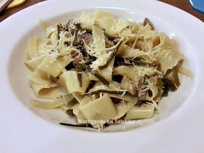 Adam Cozinha Originária: Pappardelle com Molho de Cogumelos Frescos e Nirá